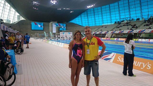 foto de Jose Luis Guadalupe y Michelle Alonso natación
